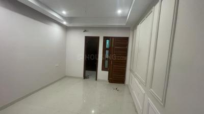 Gallery Cover Image of 1314 Sq.ft 3 BHK Independent Floor for buy in Sector 123 for 4390000