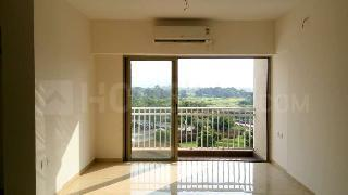 Gallery Cover Image of 909 Sq.ft 2 BHK Apartment for rent in Palava Phase 1 Nilje Gaon for 16000
