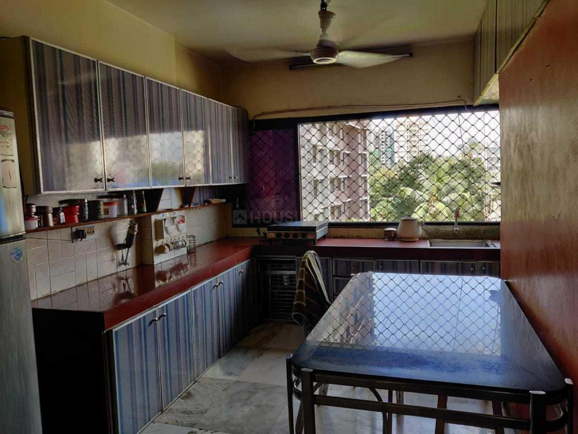 Kitchen Image of 1000 Sq.ft 2 BHK Apartment for rent in Andheri West for 60000