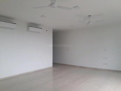 Gallery Cover Image of 2195 Sq.ft 3 BHK Apartment for rent in Goregaon East for 80000
