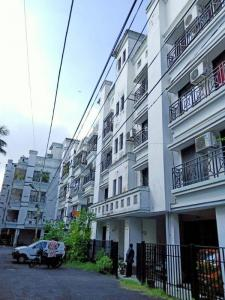 Gallery Cover Image of 1102 Sq.ft 2 BHK Apartment for buy in Jadavpur for 4800000