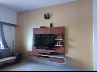 Gallery Cover Image of 1100 Sq.ft 2 BHK Apartment for rent in Kharadi for 28000