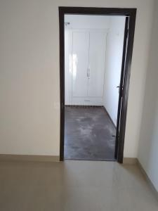Gallery Cover Image of 580 Sq.ft 1 RK Apartment for rent in Sunworld Arista, Sector 168 for 19000