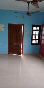 Gallery Cover Image of 1200 Sq.ft 2 BHK Independent Floor for rent in Kundrathur for 9500