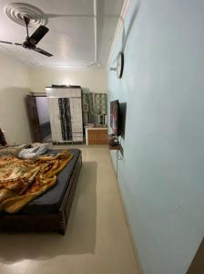 Gallery Cover Image of 2250 Sq.ft 3 BHK Independent House for buy in Sector 16A for 21000000