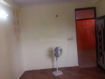 Gallery Cover Image of 900 Sq.ft 1 BHK Independent Floor for buy in Shalimar Garden for 1800000