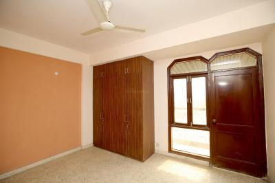 Gallery Cover Image of 1408 Sq.ft 3 BHK Independent Floor for rent in Sector 39 for 28000