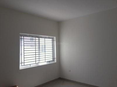 Gallery Cover Image of 810 Sq.ft 2 BHK Apartment for buy in Thiruneermalai for 3600000