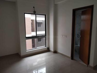 Gallery Cover Image of 1240 Sq.ft 3 BHK Apartment for rent in Kamalgazi for 22000