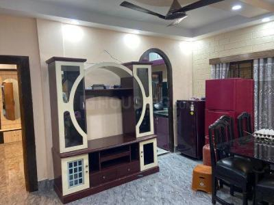 Gallery Cover Image of 1500 Sq.ft 3 BHK Apartment for rent in Dhakuria for 35000
