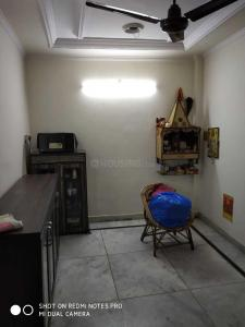 Gallery Cover Image of 350 Sq.ft 1 BHK Independent Floor for buy in Sector 6 Rohini for 2350000