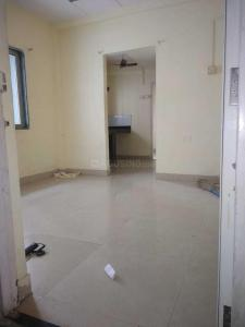 Gallery Cover Image of 430 Sq.ft 1 BHK Apartment for rent in Malad West for 15000