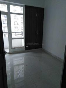 Gallery Cover Image of 1560 Sq.ft 3 BHK Apartment for rent in Noida Extension for 16000