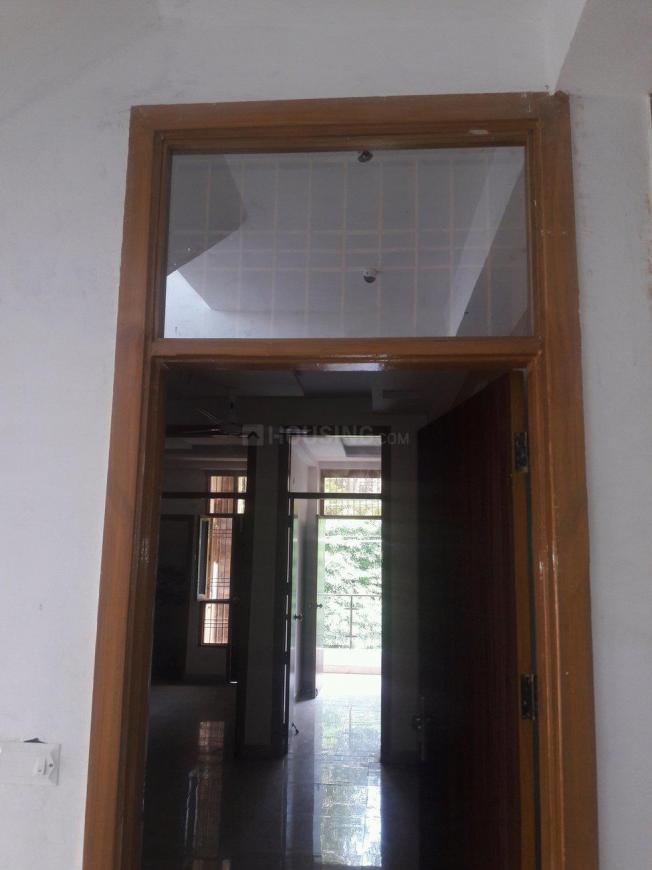 Main Entrance Image of 850 Sq.ft 2 BHK Apartment for buy in Vasundhara for 3350000