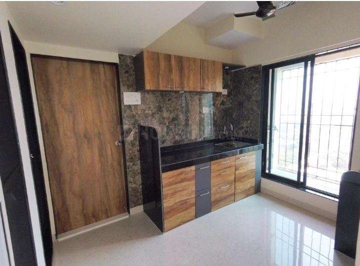 Kitchen Image of 680 Sq.ft 1 BHK Apartment for rent in Lower Parel for 45000