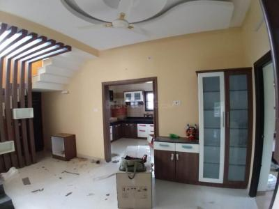 Gallery Cover Image of 2000 Sq.ft 3 BHK Villa for buy in Vadavalli for 9000000