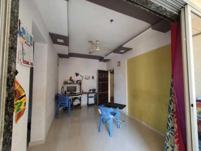 Gallery Cover Image of 645 Sq.ft 1 BHK Apartment for buy in Thakurli for 4800000