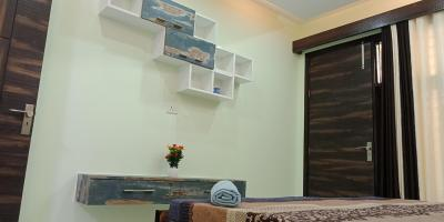 Gallery Cover Image of 450 Sq.ft 2 BHK Independent Floor for buy in KushwahaHomes, Matiala for 2650000
