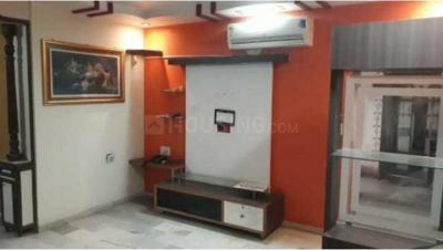 Gallery Cover Image of 900 Sq.ft 2 BHK Apartment for rent in Thaltej for 26000