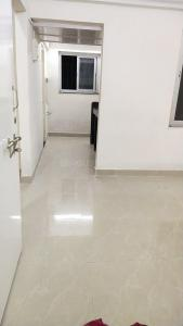 Gallery Cover Image of 350 Sq.ft 1 BHK Apartment for rent in Vighnaharta CHS, Parel for 16000