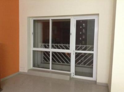 Gallery Cover Image of 1226 Sq.ft 3 BHK Apartment for rent in Unitech Vistas, New Town for 18000