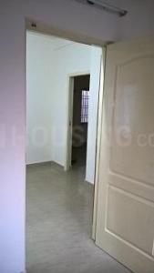 Gallery Cover Image of 700 Sq.ft 2 BHK Apartment for rent in Perumbakkam for 11000