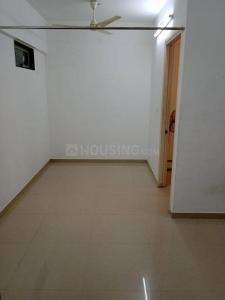Gallery Cover Image of 475 Sq.ft 1 BHK Apartment for rent in City View Building, Worli for 32000