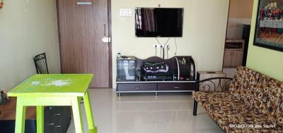 Gallery Cover Image of 635 Sq.ft 1 BHK Apartment for rent in Lourdes Citadel, Dahisar West for 25000