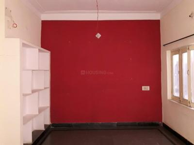 Gallery Cover Image of 700 Sq.ft 2 BHK Independent Floor for rent in Adikmet for 7000