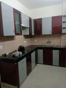 Gallery Cover Image of 950 Sq.ft 2 BHK Independent Floor for rent in Aditya White Cottage, Bamheta Village for 6000