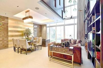 Gallery Cover Image of 3000 Sq.ft 3 BHK Villa for buy in Rise Resort Residence Villa, Noida Extension for 17000000