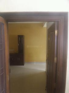 Main Entrance Image of 900 Sq.ft 2 BHK Apartment for rent in Velachery for 18000