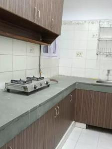 Gallery Cover Image of 600 Sq.ft 1 BHK Apartment for rent in Vasant Kunj for 22000