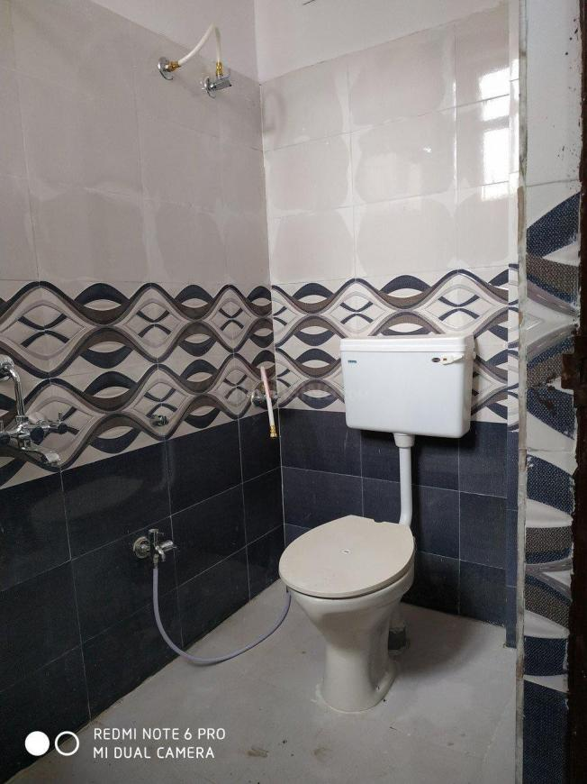 Common Bathroom Image of 1350 Sq.ft 3 BHK Independent House for buy in Bandlaguda Jagir for 7500000