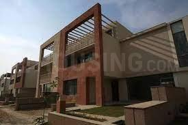Gallery Cover Image of 3800 Sq.ft 5 BHK Independent House for buy in Unitech Espace Nirvana Country, Sector 50 for 63000000