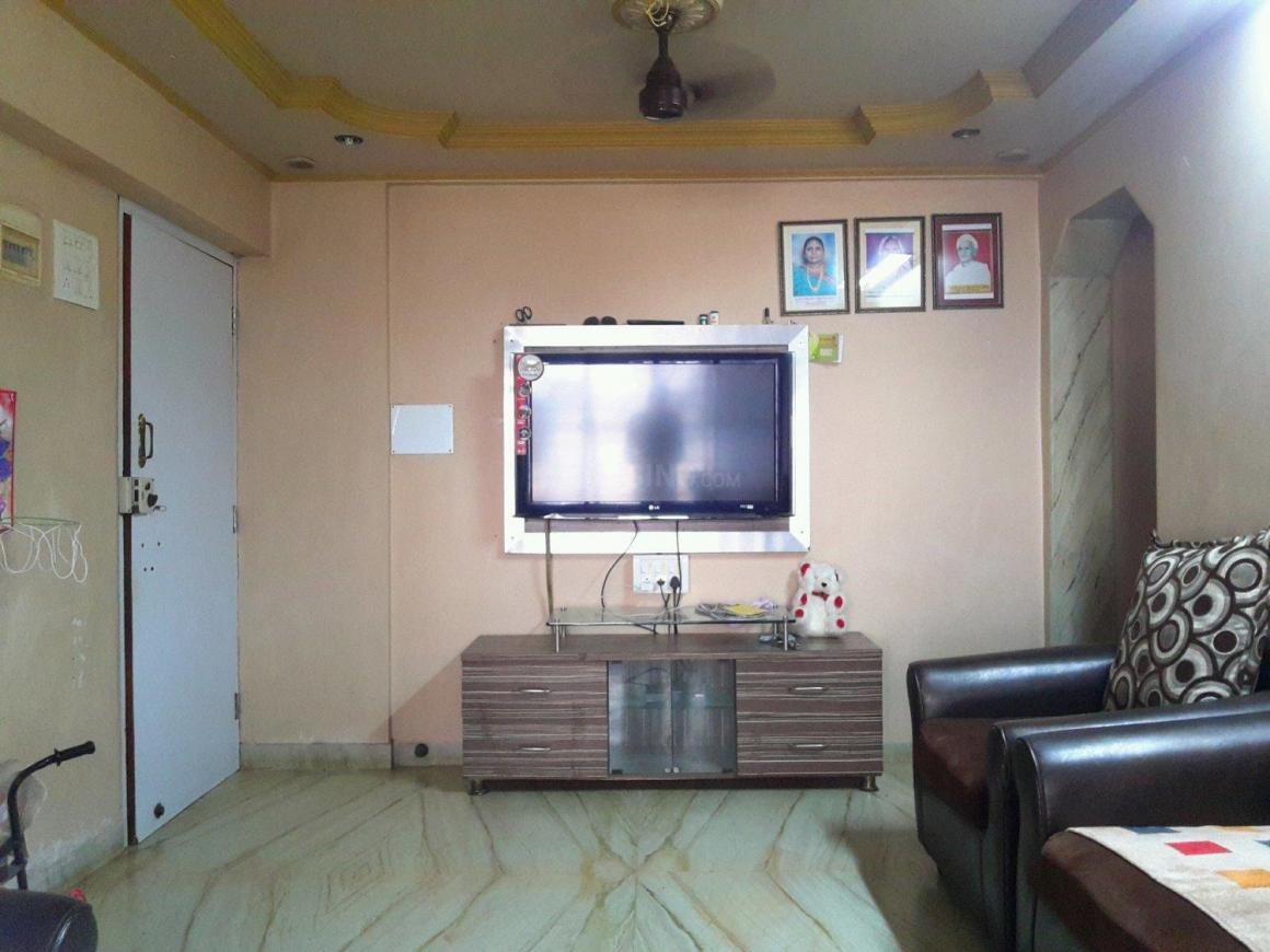 Living Room Image of 790 Sq.ft 2 BHK Apartment for buy in Malad West for 10000000