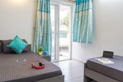 Gallery Cover Image of 1500 Sq.ft 1 RK Apartment for rent in TVH Ouranya Bay, Padur for 12000