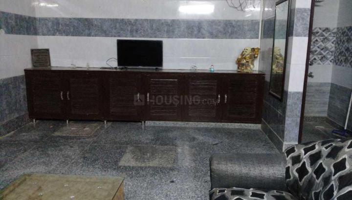 रीठाला में सोमया पीजी के लिविंग रूम की तस्वीर