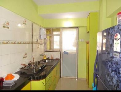 Gallery Cover Image of 600 Sq.ft 1 BHK Apartment for rent in Bhoomi Gokul, Goregaon East for 28000