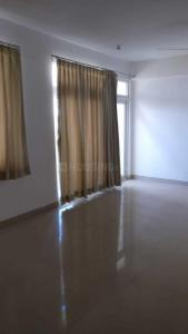 Gallery Cover Image of 1795 Sq.ft 3 BHK Apartment for rent in Maraimalai Nagar for 30000