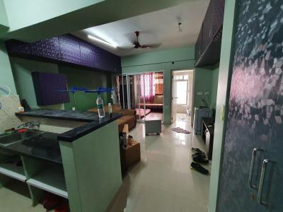 Gallery Cover Image of 600 Sq.ft 1 BHK Apartment for rent in Emami Tejomaya, Egattur for 16000