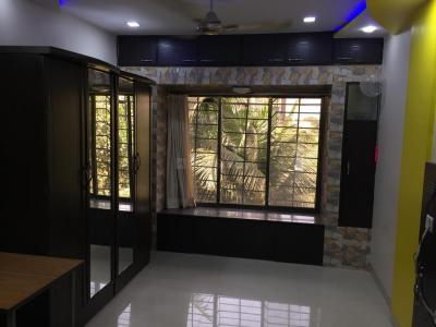 Gallery Cover Image of 630 Sq.ft 1 BHK Apartment for rent in Malad West for 26000