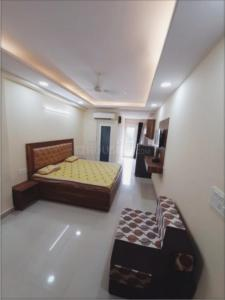 Gallery Cover Image of 500 Sq.ft 1 RK Apartment for rent in DLF Phase 3 for 18000