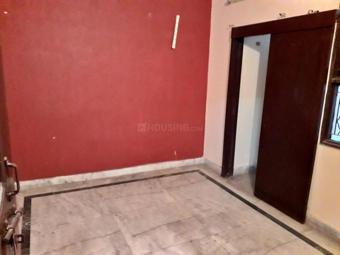 Bedroom Image of 900 Sq.ft 2 BHK Apartment for rent in Shalimar Garden for 7500