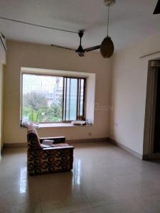 Gallery Cover Image of 525 Sq.ft 1 BHK Apartment for buy in Lokhandwala Riviera Tower, Kandivali East for 8500000