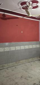 Gallery Cover Image of 900 Sq.ft 3 BHK Independent Floor for rent in Sector 21B for 12000