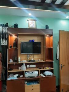 Gallery Cover Image of 1140 Sq.ft 2 BHK Apartment for rent in Apex Golf Avenue, Noida Extension for 12500