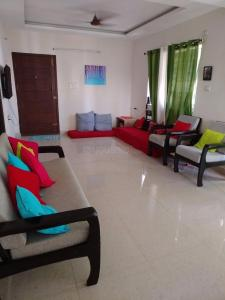Gallery Cover Image of 1500 Sq.ft 2 BHK Apartment for rent in Medavakkam for 14000