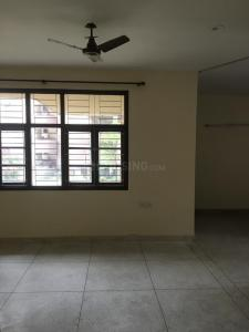 Gallery Cover Image of 1800 Sq.ft 3 BHK Apartment for rent in Vishwas Nagar Apartments, Sector 23 Dwarka for 30000