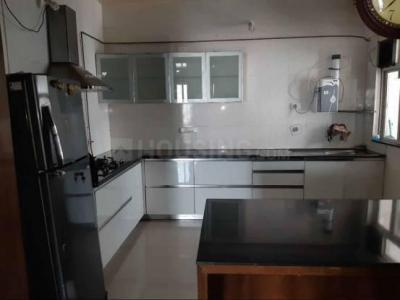 Gallery Cover Image of 2599 Sq.ft 4 BHK Apartment for rent in Kharadi for 70000